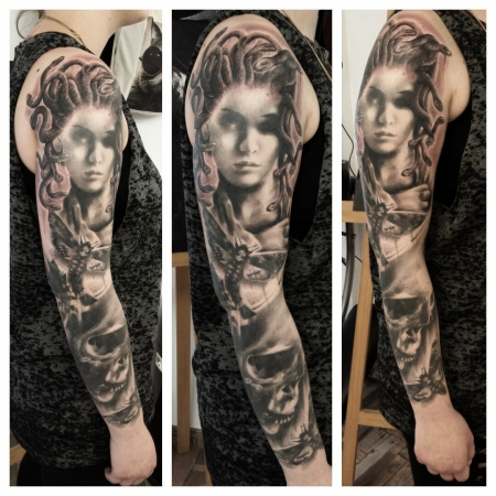 Medusa Sleeve