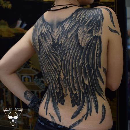 Flügel vollständig verheilt