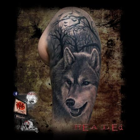 chippi tattoo wolf tattoos von tattoo. Black Bedroom Furniture Sets. Home Design Ideas