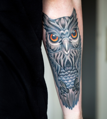 tattoos zum stichwort eule tattoo lass. Black Bedroom Furniture Sets. Home Design Ideas