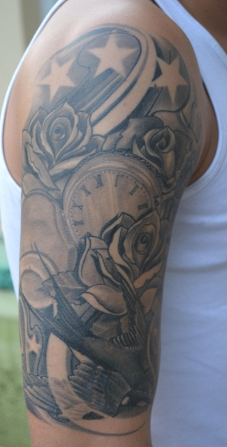mark31 schwalbe rosen uhr tattoos von tattoo. Black Bedroom Furniture Sets. Home Design Ideas