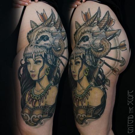 Oberschenkel mit Drachenkriegerin