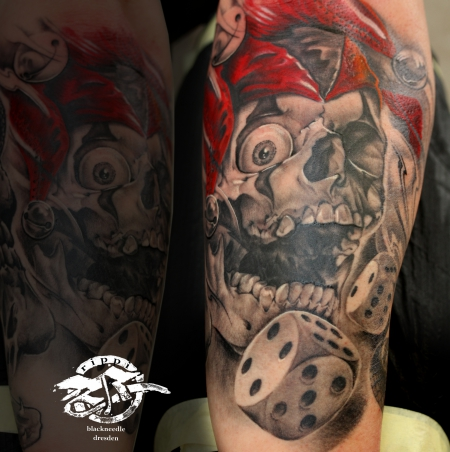 würfel-Tattoo: clown skull
