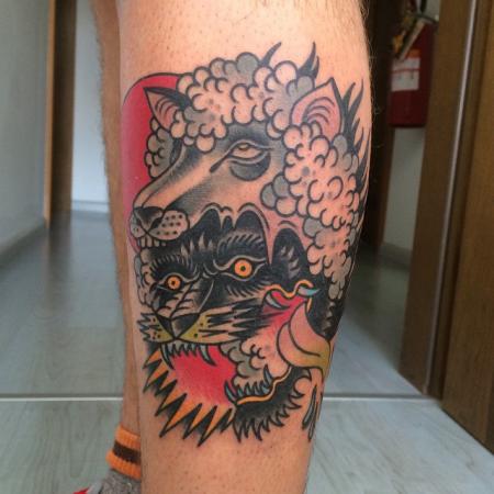 wolf-Tattoo: Wolf im Schafpelz