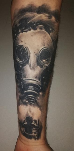 Gasmaske, Post Apocalyptic
