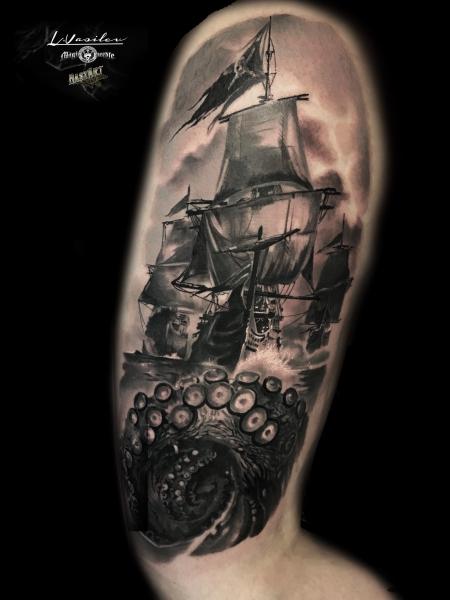 Segelschiff mit Oktopus