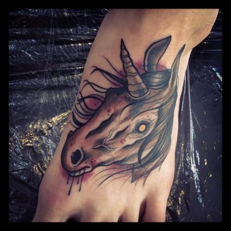einhorn-Tattoo: Ein Horn
