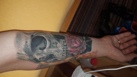 Skull Unterarm