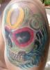 Skull mit farbigen Ornamenten