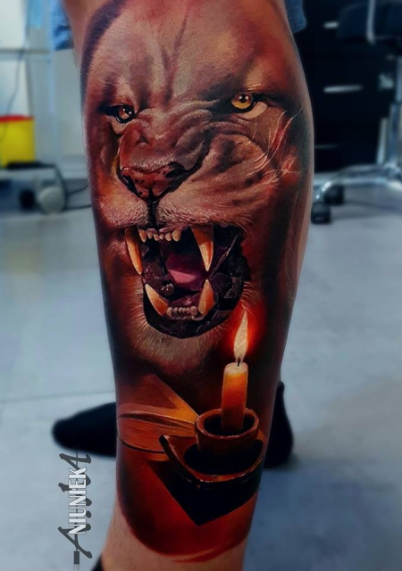 Löwe mit Kerze .....
