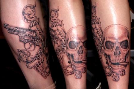 Revolver/Skull