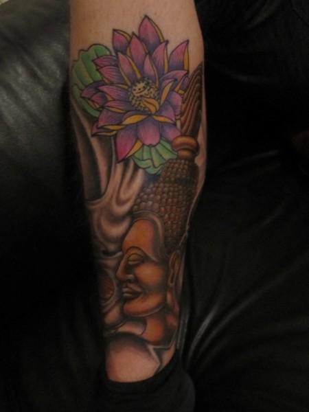 lotus-Tattoo: koi, Buddah und Lotus